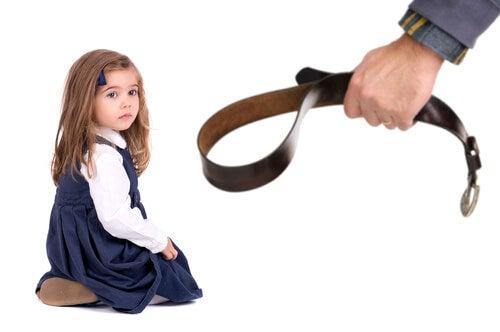 Fiziksel Şiddet Çocukların IQ'sunu Olumsuz Etkiliyor