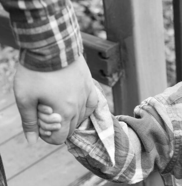 Çocuğunun Hayatında Olmayan ya da Olamayan Babaların 5 Karakter Özelliği