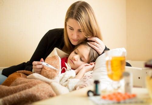 Bebeklerde Hıçkırık, Yüksek Ateş ve Kusmaya Karşı Ne Yapılabilir?