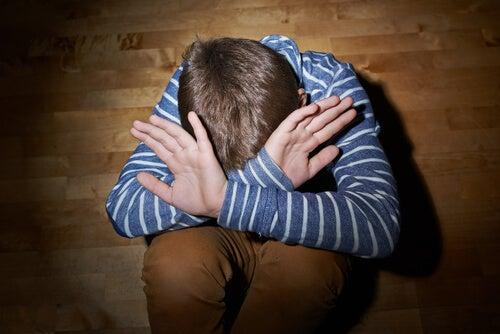 Çocuğunuza Cinsel Tacizden Korunmak İçin Öğretmeniz Gereken 10 Şey