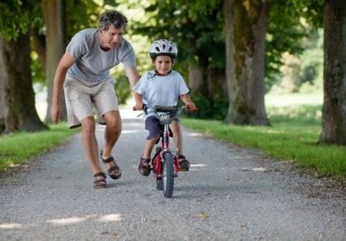 Çocuğunuzun Kaba Motor Becerilerini Nasıl Geliştirirsiniz?