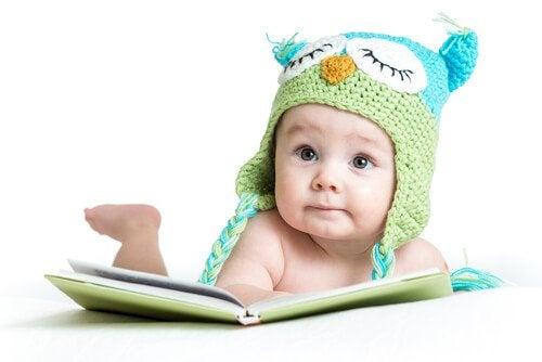 0 ila 6 Aylık Bebeklerin Duyularının Gelişimini Teşvik Edecek Uygulamalar