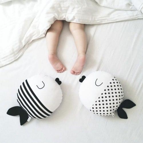 uyuyan bebeğin ayakları
