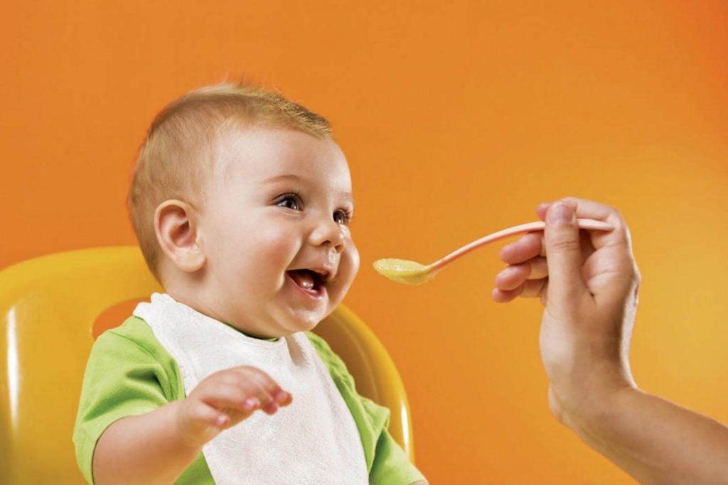 3 Yaşından Küçük Bebeğinizin Beslenmesi için 13 İpucu