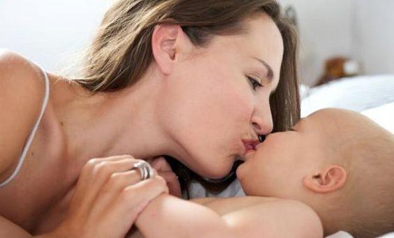 Neden Bebeğinizi Ağızdan Öpmekten Kaçınmalısınız?