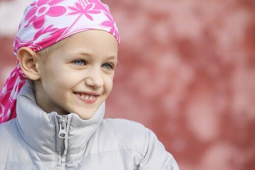 Çocukluk Çağı Kanserine Karşı Mücadele Eden Küçük Süper Kahramanlara