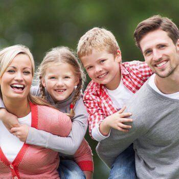 iki çocuklu aile