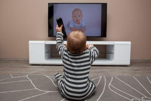 Bebekler İçin 7 Harika Televizyon Dizisi