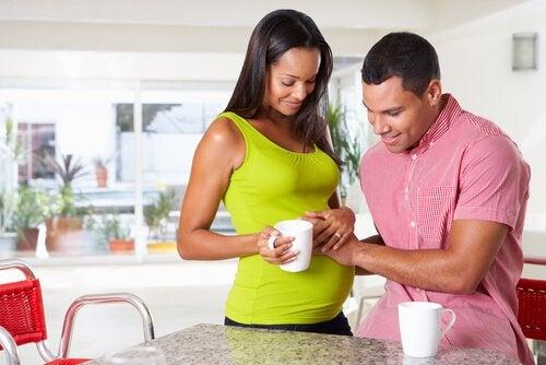 hamile kadın ve eşi