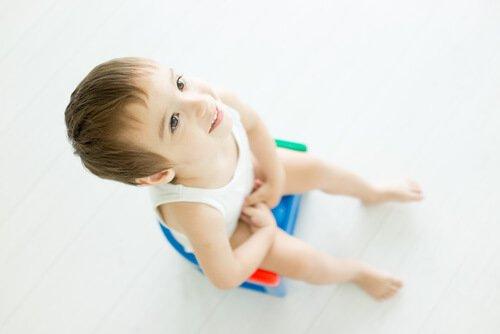 Çocuklarda kıl kurdu (oksiüriazis) ile nasıl mücadele edilir?