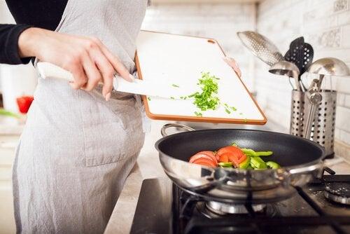 Tüm Aile için 15 Dakikada Hazırlayabileceğiniz Akşam Yemeği Tarifleri