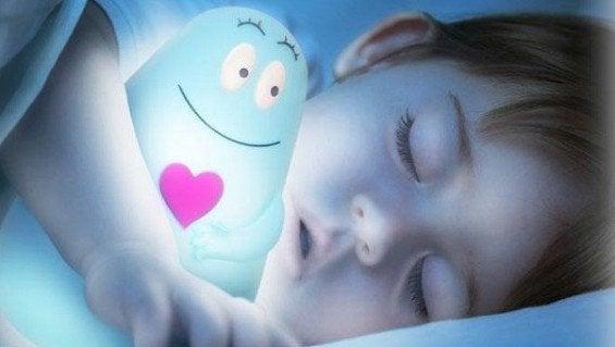 Çocukların Karanlıkta Uyuması Neden Daha İyidir?