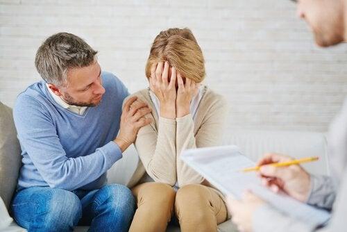 depresyonda kadın ve eşi