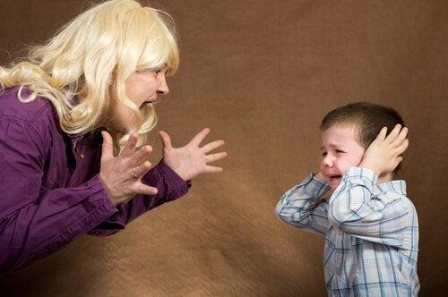 Çocuğunuzun Sizi Dinlemesini İstiyorsanız, Öfkenizi Kontrol Edin