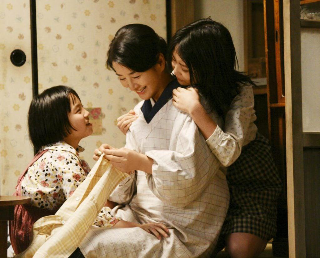 Neden Japonya'daki çocuklar ebeveynlerinin sözünü bu kadar iyi dinliyor?