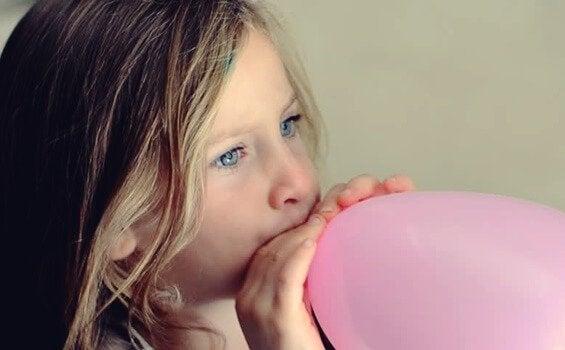 Sinirli Çocukları Sakinleştirmek İçin Balon Tekniği
