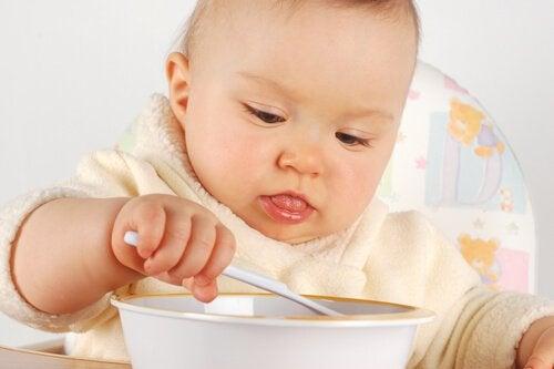 bebekler için tatlı