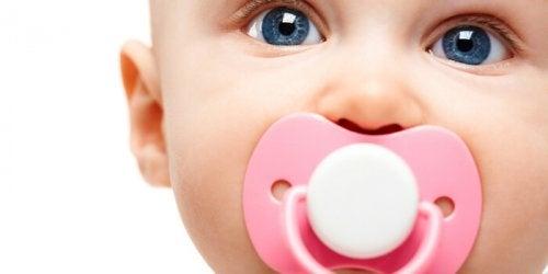 Bebeğim İçin En İyi Emzik Hangisi?