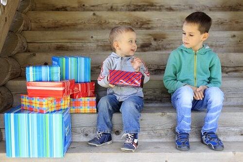 Çocuklarda Kıskançlık: Nedenleri ve Çözümleri