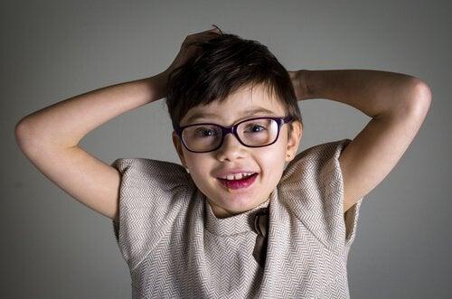 Rett Sendromu: Belirtileri ve Tedavisi