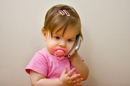 Çocuğum Hala Konuşmuyor, Endişelenmeli Miyim?