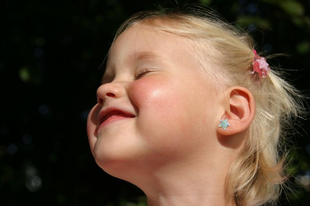 Çocukların Kulaklarını Deldirmek İçin En Uygun Yaş Nedir?