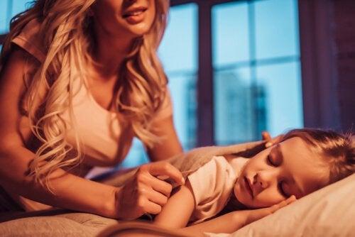 Her Annenin Çocukları İçin Gizlice Yaptığı 7 Şey