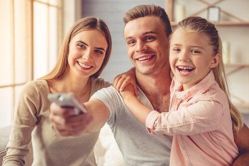 tv izlyene aile