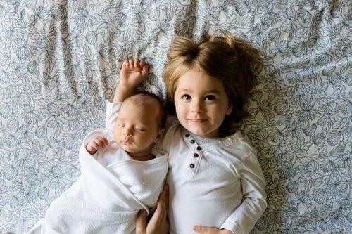 Çocuğunuza Kardeşi Olacağını Söylemek İçin Doğru Strateji Nedir?