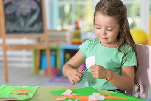 çocuklar için el işleri