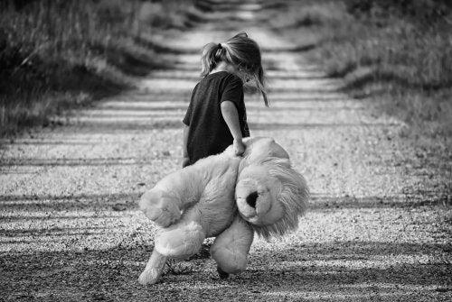 Duygusal Terk Edilmişlik: Bir Kızın Babasına Mektubu