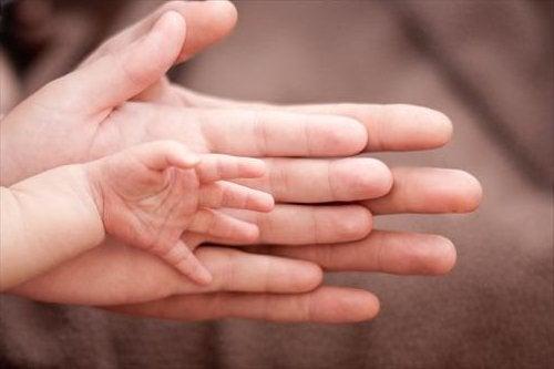 Koz çocuk doğurmak