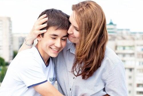 Ergenlik Çağındaki Çocuğunuzun Güvenini Nasıl Kazanırsınız?