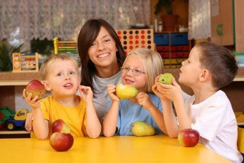 Çocuklar İçin 8 Vitamin Zengini Yiyecek