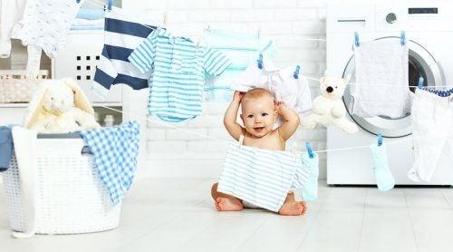 Bebeğinizin Giysilerini Yıkama Önerileri
