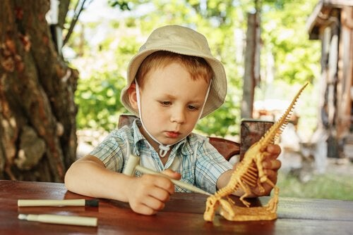 Çocuklar Neden Dinozorlara Bayılıyor?