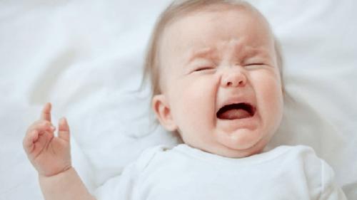 Emzirme Döneminde Bebek Sancısı