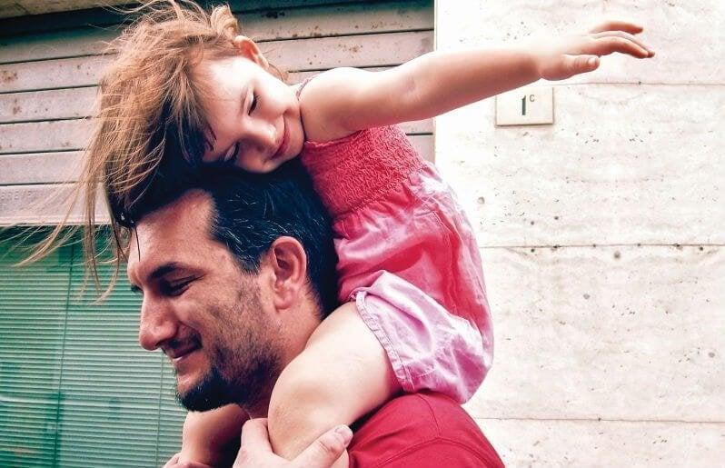 Babaların Kız Çocuklarıyla Yapabilecekleri 10 Şey