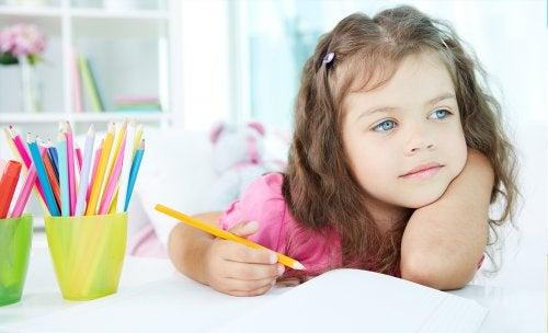 mavi gözlü kız
