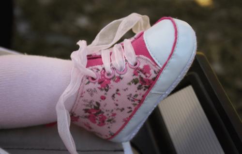 Çocuklarınızın Ayakkabılarını Seçerken Dikkat Etmeniz Gerekenler