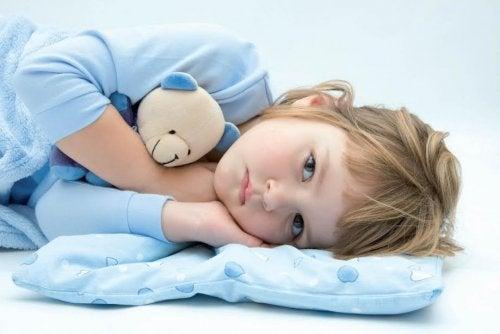 Çocuğunuz Neden Gece Altını Islatmaya Devam Ediyor?
