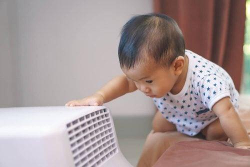 Bebeğiniz Evdeyken Klimayı Nasıl Kullanmalısınız?
