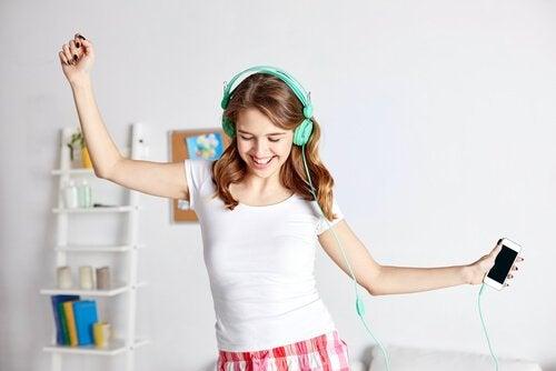 dans eden kız