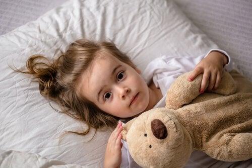oyuncak ayısı ve uyuyamayan çocuk