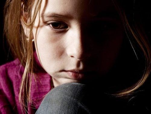 Çocuk istismarı: Önlemek için çocukları nasıl eğitmeli?