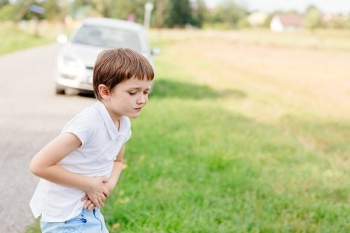 Yolculuklarda çocukların baş dönmesi nasıl önlenir