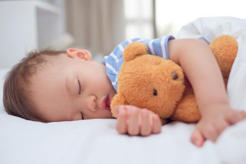 Bebeklerin kestirmesi ne kadar sürmelidir?