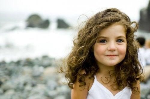 Sevimli kız