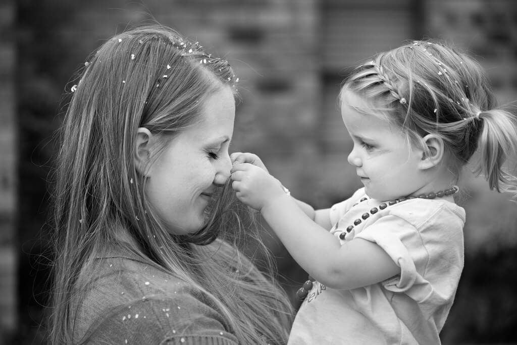 Anne-Kız İlişkisi Nasıl Geliştirilir?