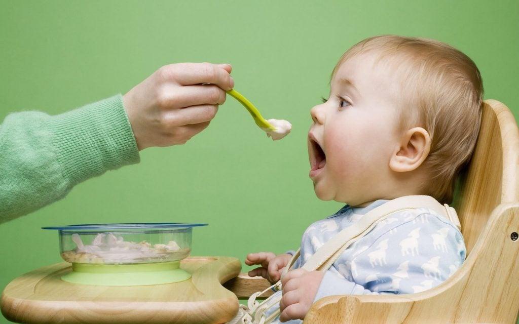 Bebeğiniz Yemek ile Nasıl İyi İlişki Kurar?